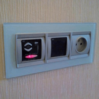 Монтаж, ремонт, замена розеток Новокуйбышевск